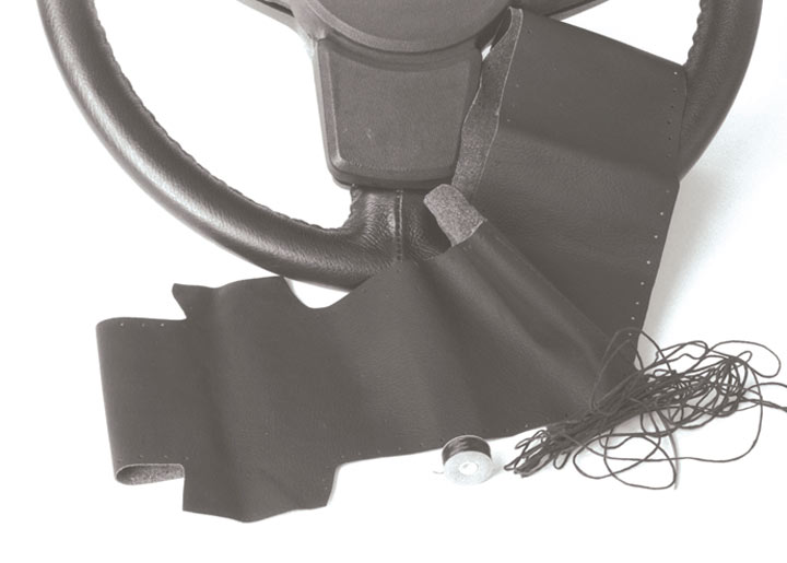 Steering Wheel Recovering Kit, Black; 928, 944